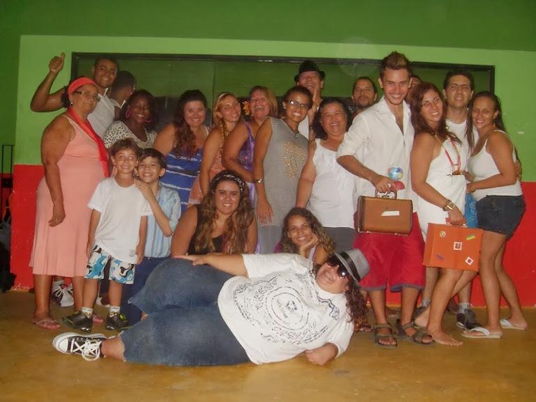 Família e amigos reunidos