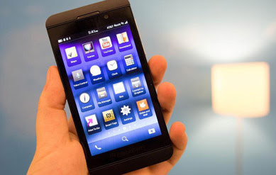 BlackBerry Z10 Now Available in the U.S. for $999