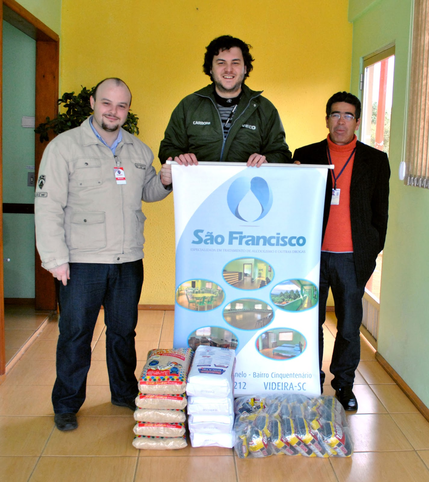 Carboni Fiat entrega mais de 70 quilos de alimentos à CT São Francisco DSC 0004