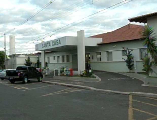Santa Casa pode interromper atendimento do Convênio Unimed.