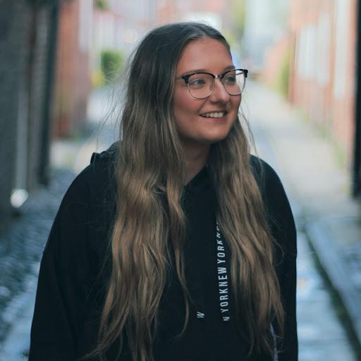 Sophie Webster - Address, Phone Number, Public Records | Radaris