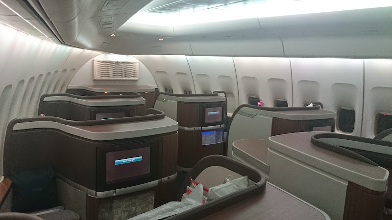 DSC 2987 - REVIEW - Cathay Pacific : First Class - Hong Kong to Tokyo (B747)