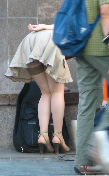 Stockings, Pantyhose, Lingerie, Uniforms,Socks,Heels: bestpantyhosepics.blogspot.com/2011/02/stocking-in-street-pics.html