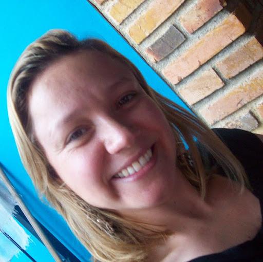 Miriam Azevedo Photo 10