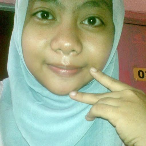 Yessi Dewi