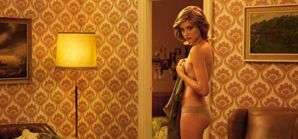 Michelle Jenner, desnuda