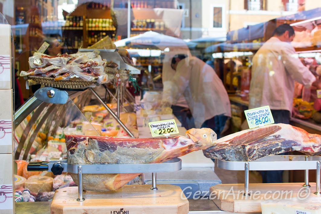 iki prosciutto arası inanılmaz fiyat farkı