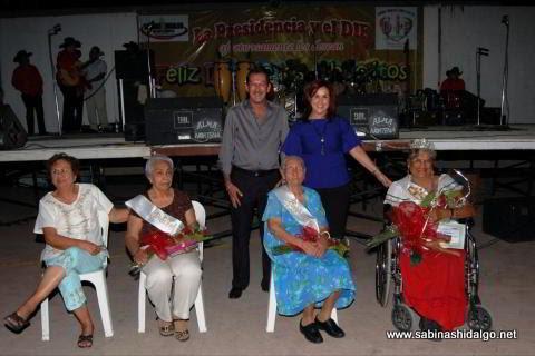 DIF Municipal festejó a adultos mayores