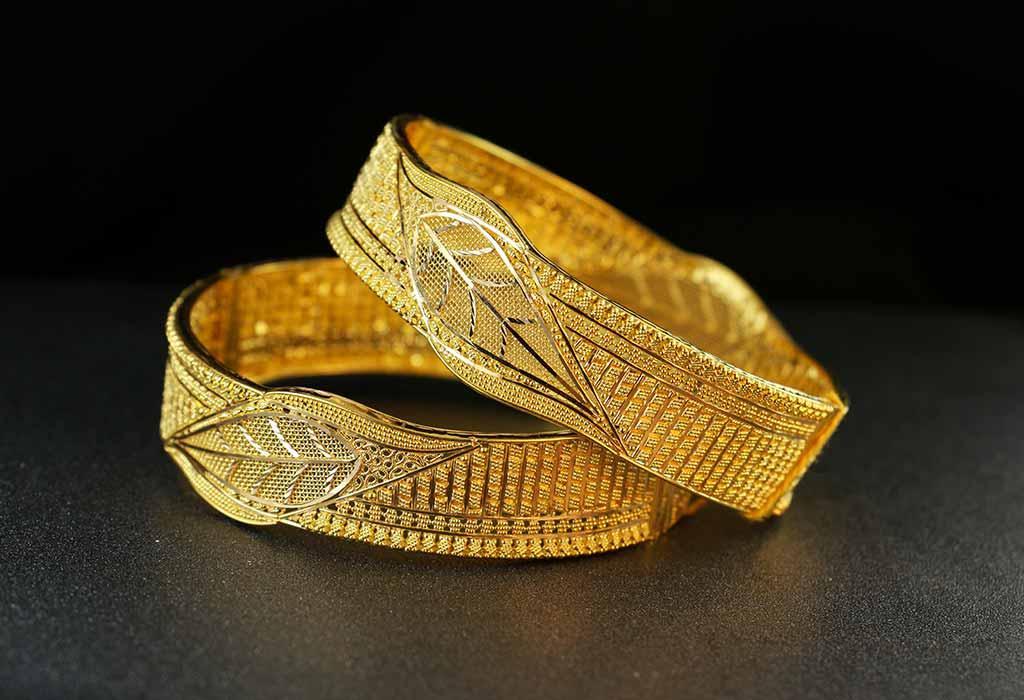 Gold the 50th Anniversary Gemstone