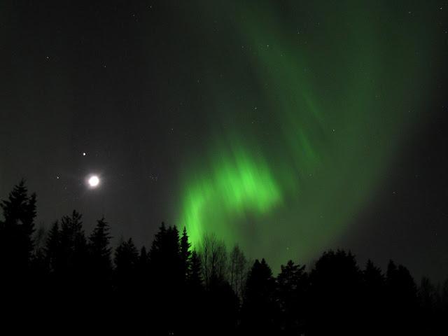 aurore%2520lune110%2520gimp.jpg