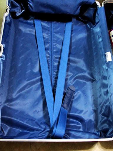 [RIMOWA 行李箱]我和RIMOWA的旅遊故事 第一部-我的生日禮物開箱
