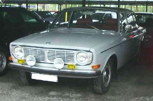 Volvo_144_-1.jpg