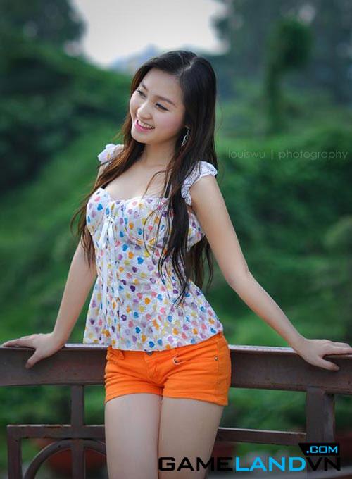 Thí sinh Miss Dream 2012 làm nóng cộng đồng mạng 1