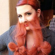 К чему снится борода у женщины?