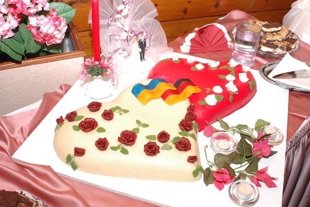 Торт на українсько-німецькому весіллі