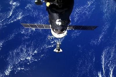 صور فضائية للأرض من المركبة الفضائية ديسكفري-ابداعات البشر-منتهى