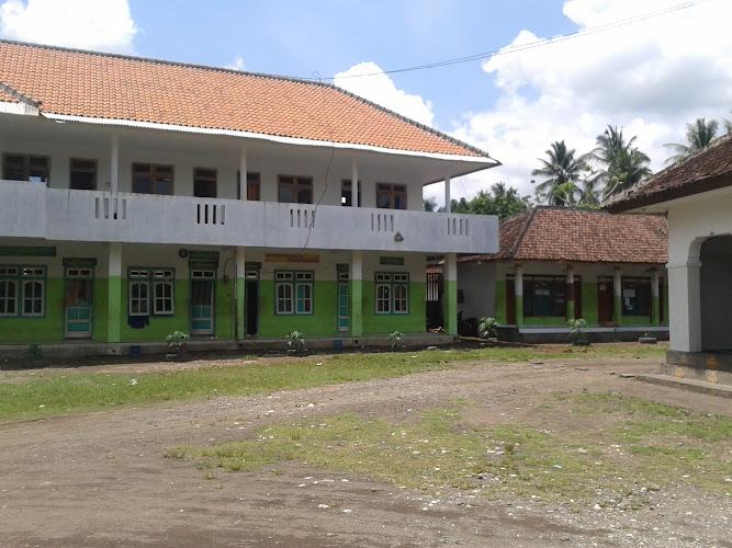 Pengurus Yayasan PPBU Bulugading Jember