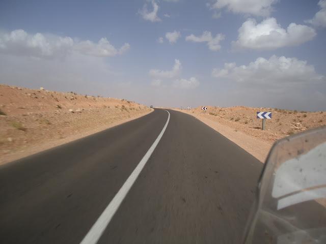 Marrocos 2011 - Página 2 DSC03404