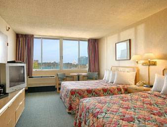Days Inn Niagara At The Falls, 443 Main Street, Niagara Falls, NY 14301, United States