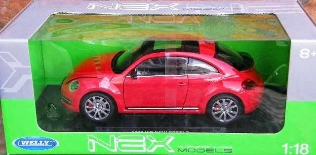 Đồ chơi Mô hình tĩnh, xe Ô tô Volkswagen New Beetle 2012 tỷ lệ 1/18