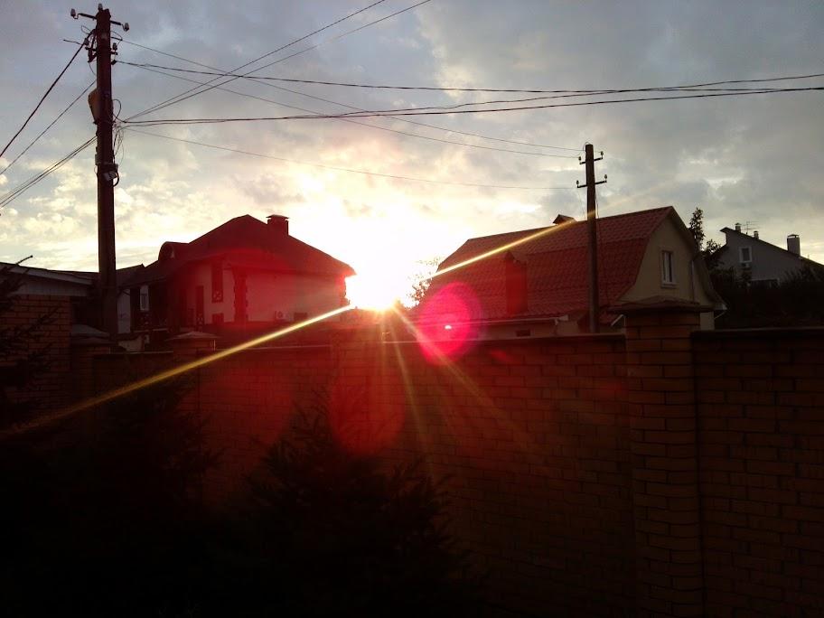 Пример фото с LG Optimus VU в темное время суток - 01