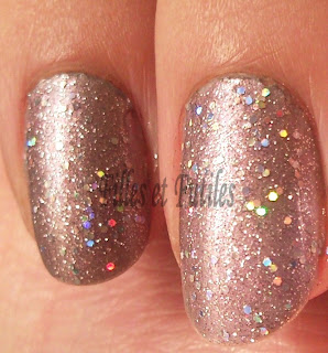 SNC03750 OPI Its fort worth it (Texas) et OPI Teenage dream (Katy Perry) = ?