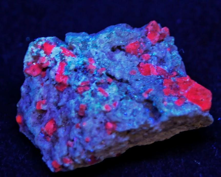Colección de Minerales Fluorescentes - Página 3 Rubi%252C+California%252C+UVl