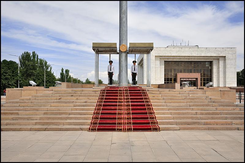 Kirghizstan : des steppes aux Monts Célestes [MAJ 16/09] DSC_0270%2520raw-794%252Bcadre