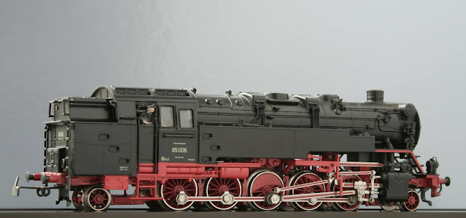 Modeli parnih lokomotiva DRG 85%257EM3308N-Ra