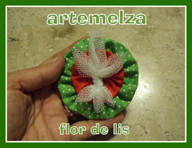artemelza - flor de lis de fuxico