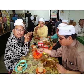 Ustaz Mad, MB Kelantan Bersarapan dengan penduduk kampung Sg Limau