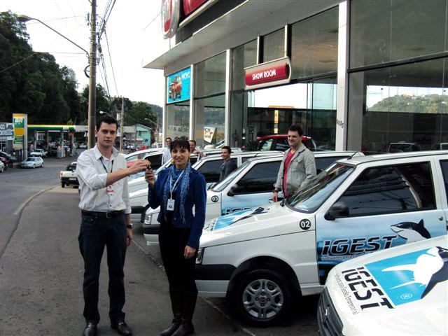 Carboni Fiat de Joaçaba entrega seis Mille para Igest DSC09641