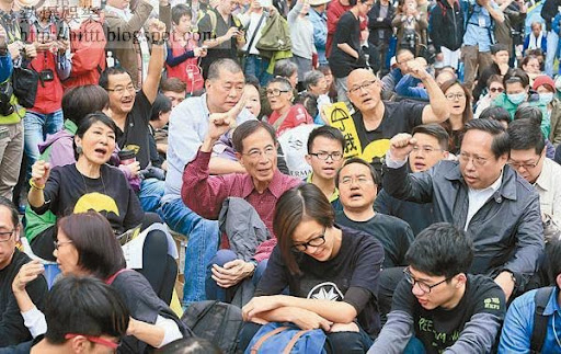 政界人士敦促廉署及警方盡快起訴黎智英與一眾收款泛民。