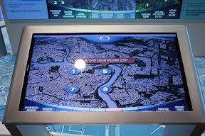 сенсорный интерактивный стол