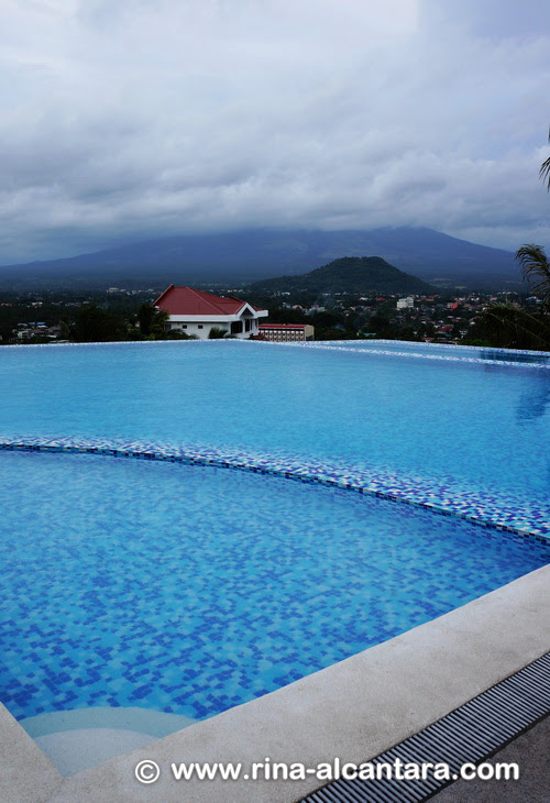 Infinity Pool, The Oriental Legazpi