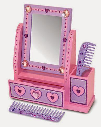 Trang trí bàn trang điểm trái tim ME3103 theo phong cách của bé yêu