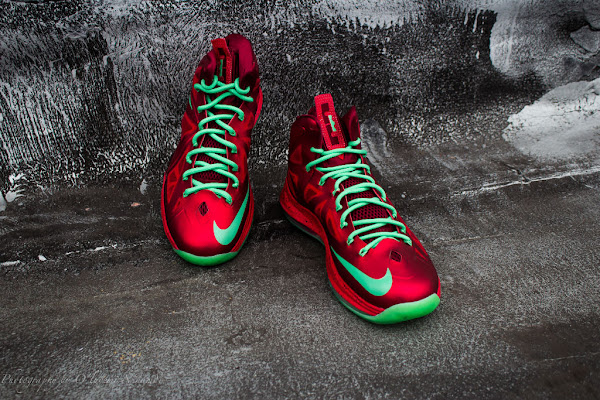Release Reminder Nike LeBron X amp Christmas Pack