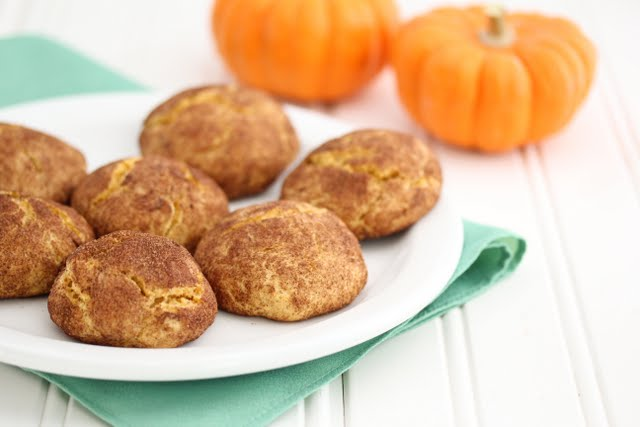 photo of a plate of pumpkin snickerdoodles