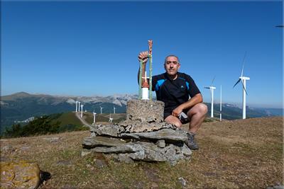 Gaboñu/Artia mendiaren gailurra 1.175 m. -  2012ko uztailaren 23an