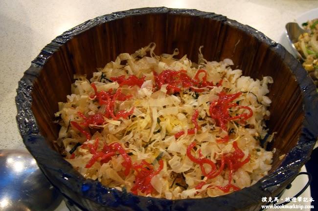 食為天珍饌美食鮭魚鬆炒飯