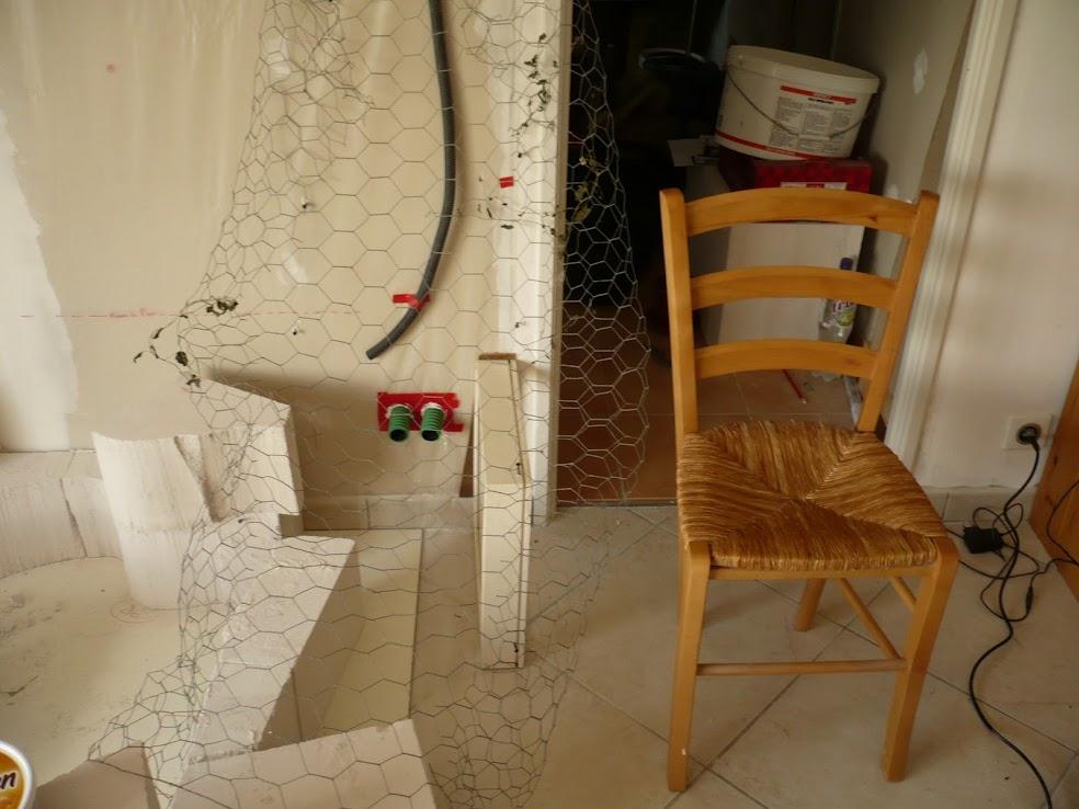 le d but du rocher fauteuil et de la sculpture mur. Black Bedroom Furniture Sets. Home Design Ideas