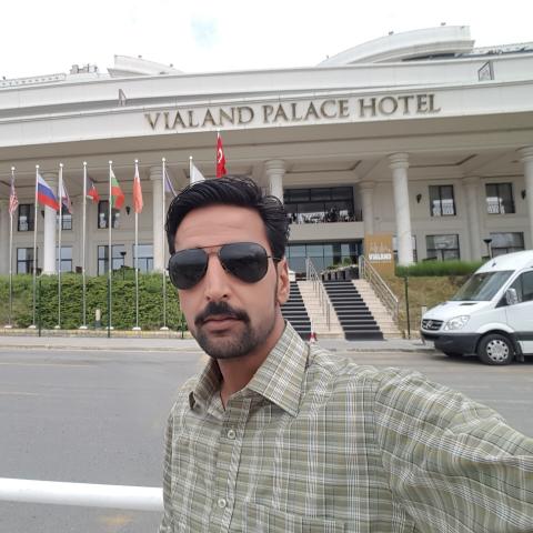 Yasir Gillani Photo 1