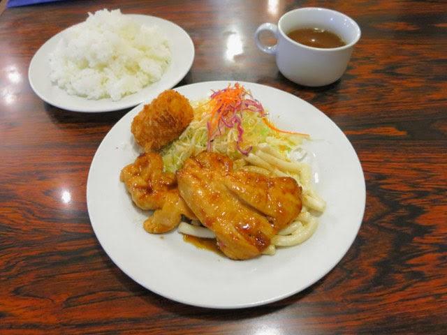 若鶏の生姜焼きランチ@ご飯大盛り
