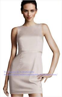 Vestido ajustado con manga sisa revocada y talle ajustado