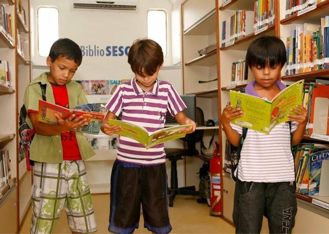 Biblioteca itinerante do SESC está em Assú