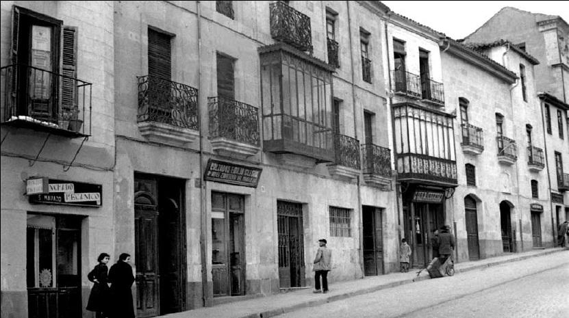 Salamanca en el ayer plaza de col n for Codigo postal del barrio de salamanca en madrid