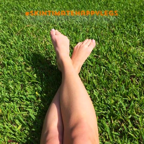 Skintimate Happy Legs www.shannongillilan.blogspot.com