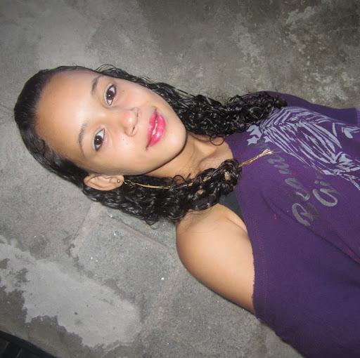 Beatriz Simoes