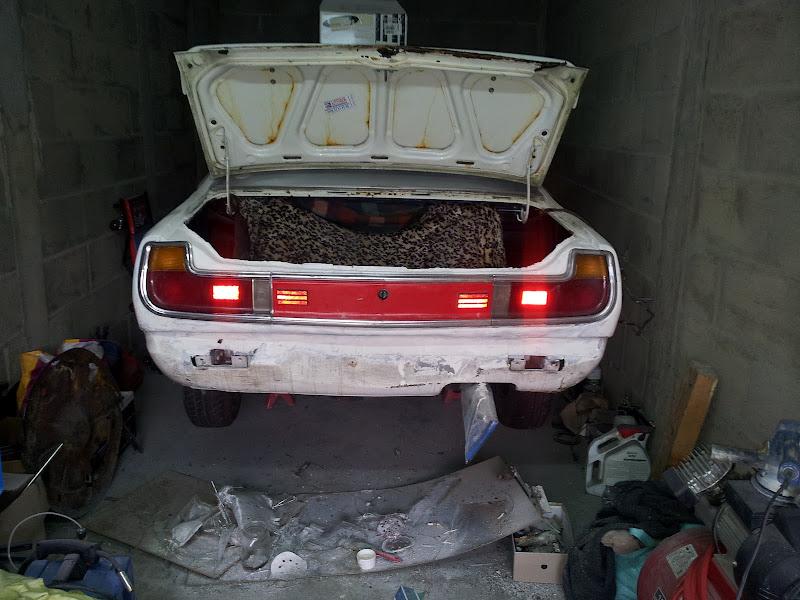 [MAZDA 121]Restauration Mazda 121 1977 - Page 5 20120422_171936
