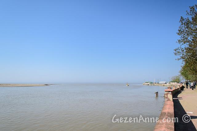 Sakarya, Karasu, Yenimahalle, Sakarya Nehri'nin denize dökülmesi